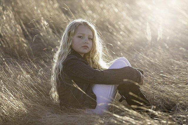 髪の長い女の子の写真