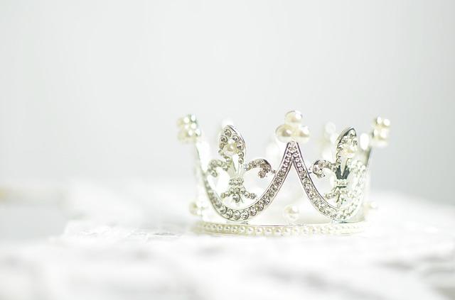 高級な王冠の写真