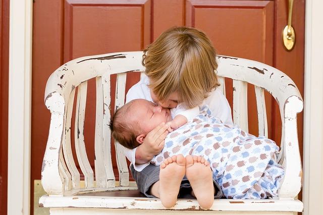 生まれたての赤ちゃんの写真