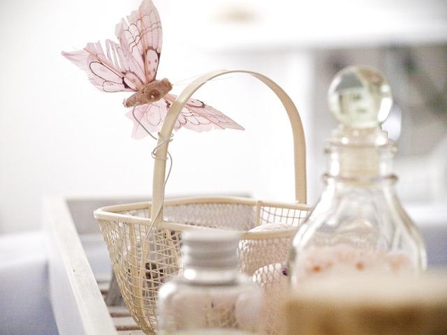 キレイな洗剤の容器の写真