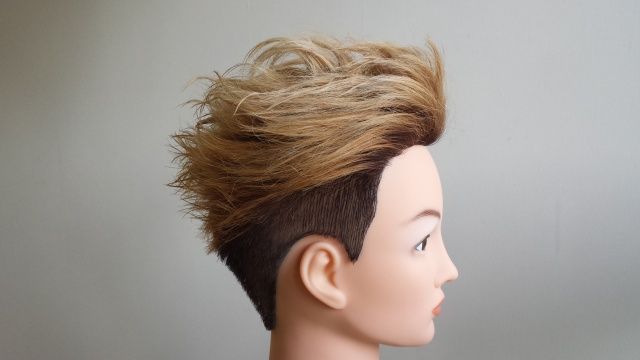 one ok rock Takaさんの髪型 完成写真 横