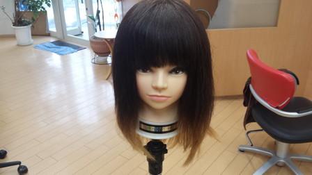 巻き髪をする前の髪の毛