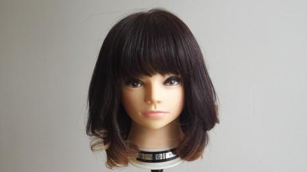コテで巻き終わった状態の髪の毛