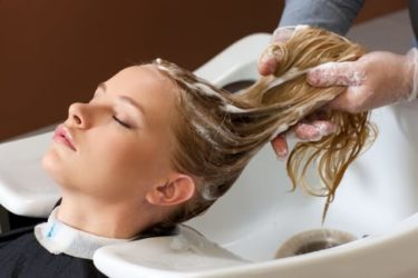色々なボタニカルシャンプーが本当に髪と頭皮に良いのか成分を解析