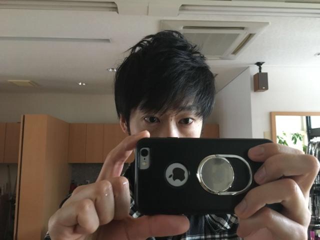 トップのボリュームを出した後の髪の毛の写真
