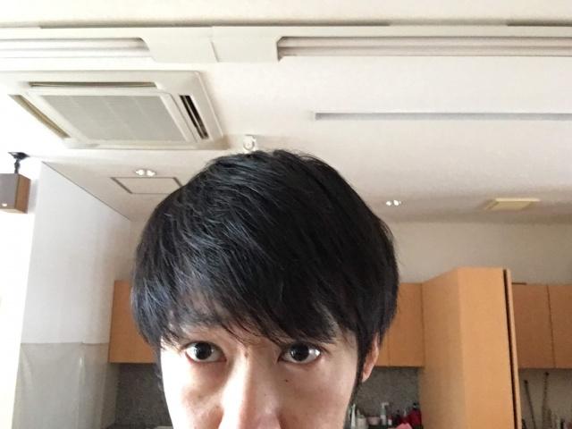 トップのボリュームを出す前の髪の毛
