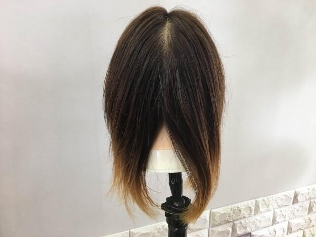 流さないトリートメントを付けて乾かした髪の毛の写真