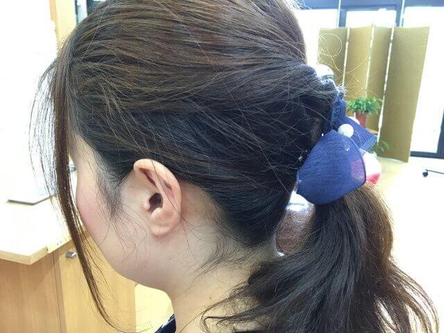 まとめ髪のアホ毛写真