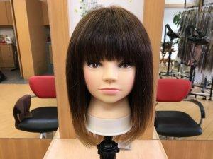 コテの比較に使う髪の毛の写真