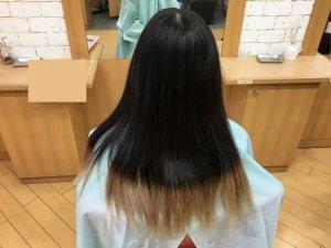 ヘアビューロンの比較に使う人の髪の毛の写真