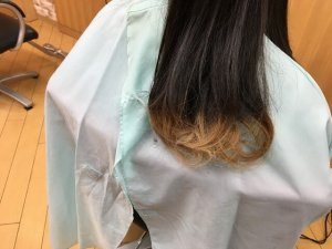 クレイツで巻き終えた髪の毛を降ろした状態の写真
