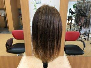 コテの比較に使う髪の毛背面写真