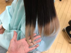 ヘアビューロンの人毛仕上がりの毛先写真