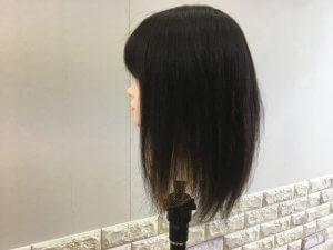 ブリーチ終了後髪の毛をおろした写真