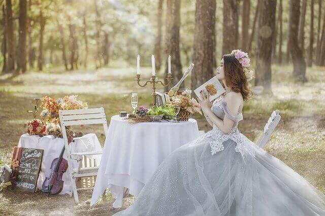 結婚を夢見る女性の写真