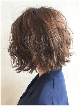 波状毛おススメセミロングの写真
