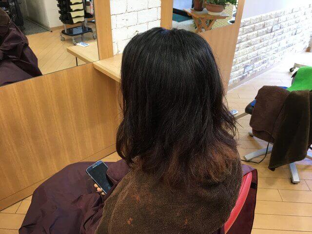 黒染め脱染後の髪の毛