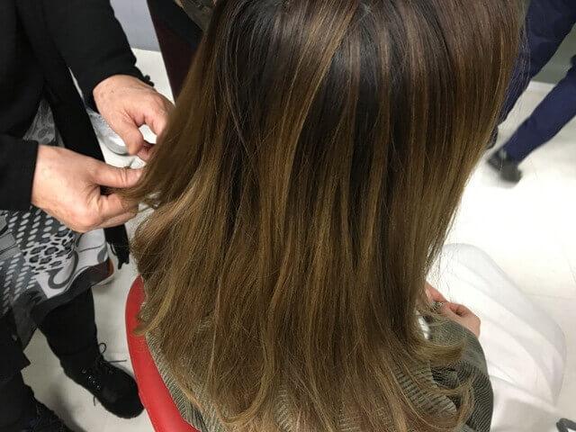 ionaカラーの前の髪の毛アップ写真