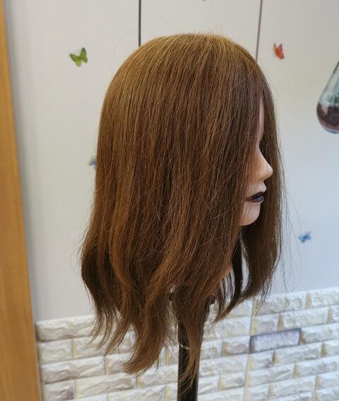 ウェーブヘアにする髪の毛