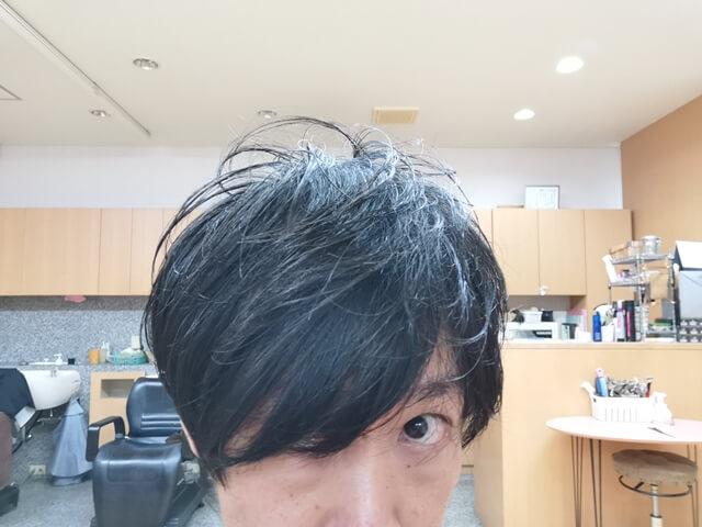 ジオパワーオイルワックスを付けた髪2