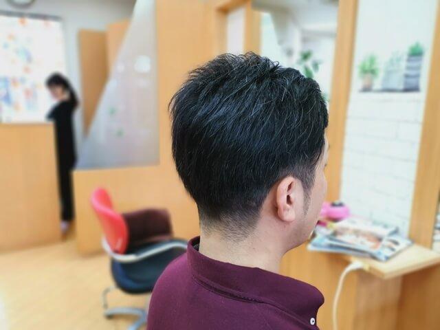 ワックスのついていないツーブロックの髪