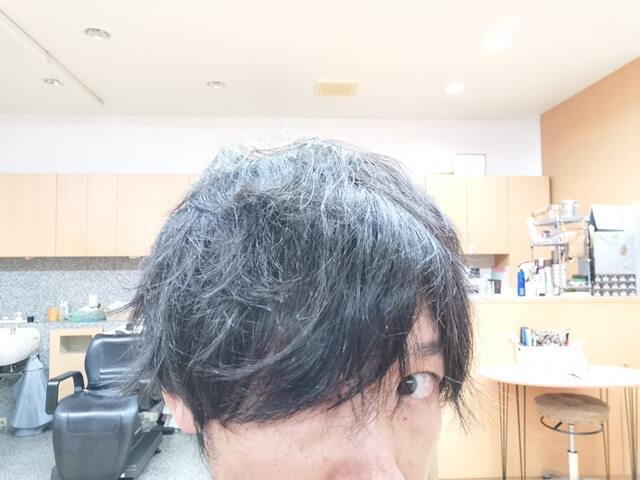 コテで巻き髪を作った髪