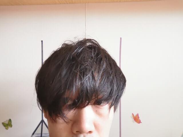 濡れたタオルで拭いた髪の毛
