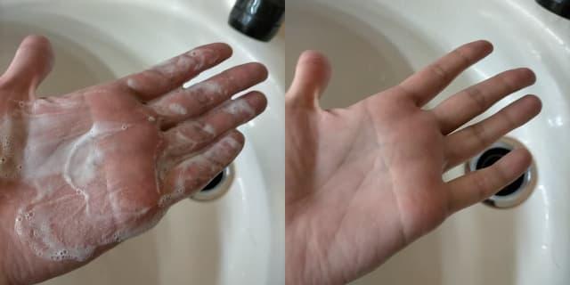 ジェルをシャンプーで洗った手